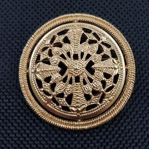 Vintage Monet Signed Round Gold Tone Brooch Pin